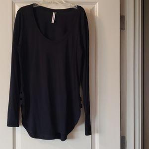 Black Fabletics Long-sleeved Top